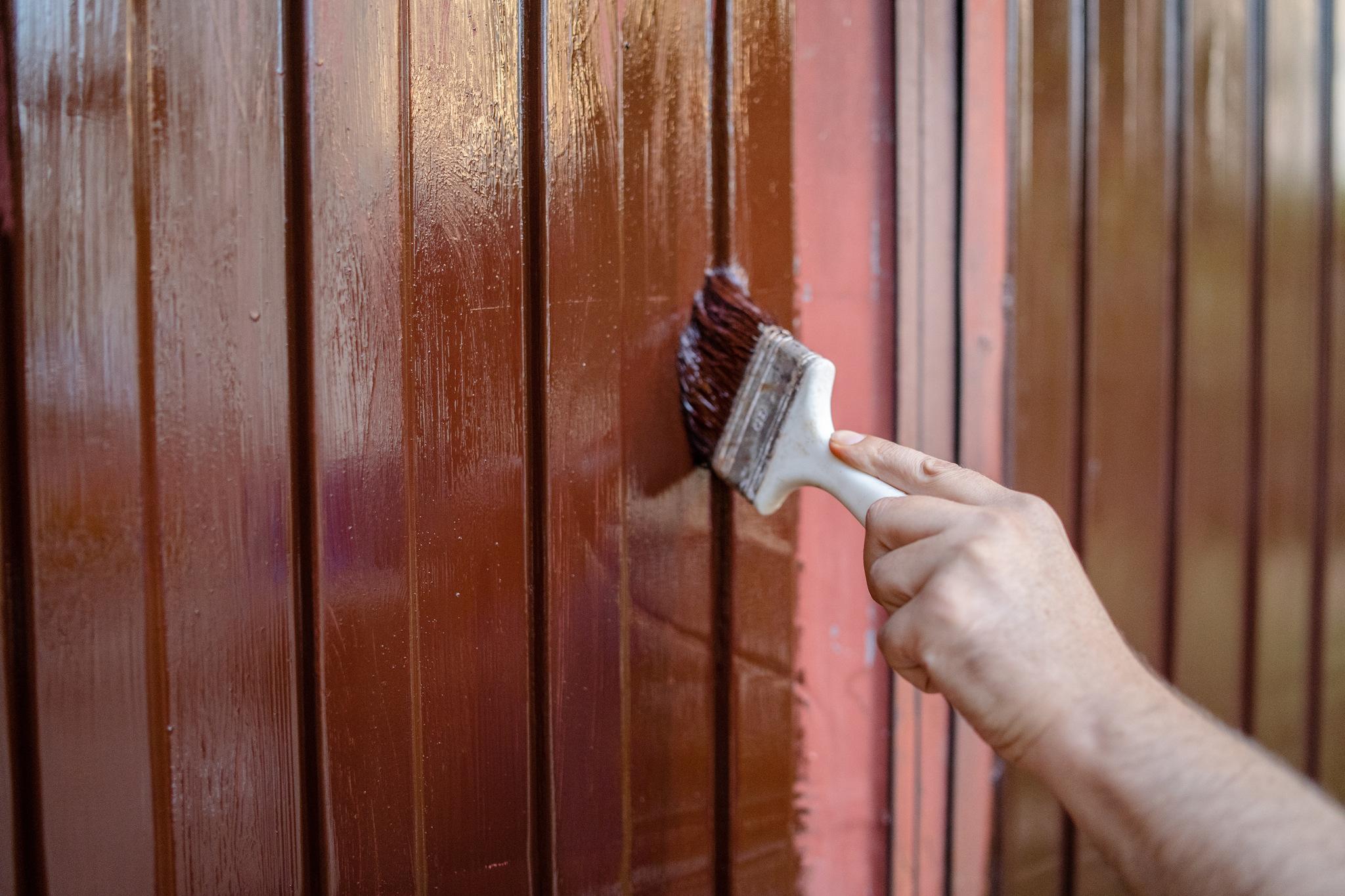 Renowacja metalowych drzwi