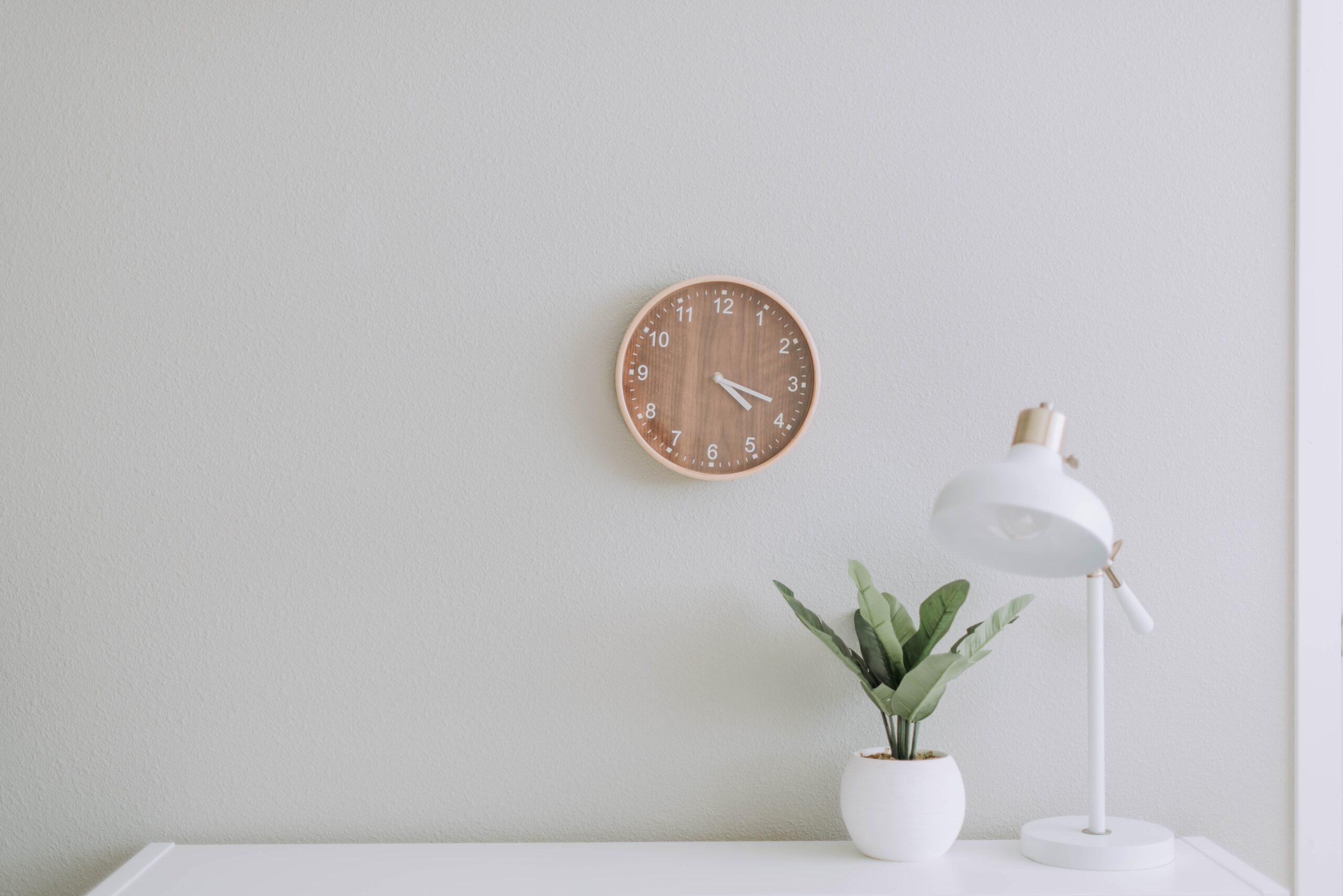 Białe ściany – jak zrobić to dobrze?