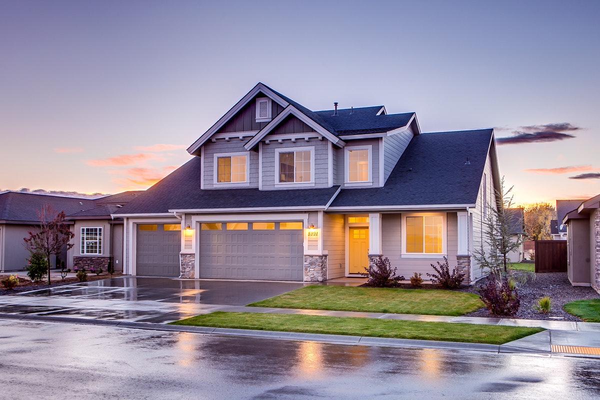 Jak często należy czyścić dach?